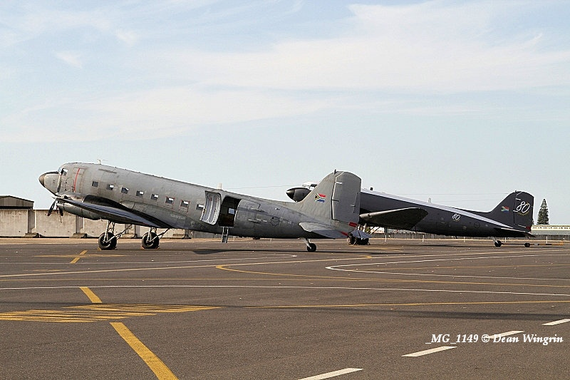 DC-3 C-47 Dakota 80th Anniversary Ysterplaat-13 MG 1149