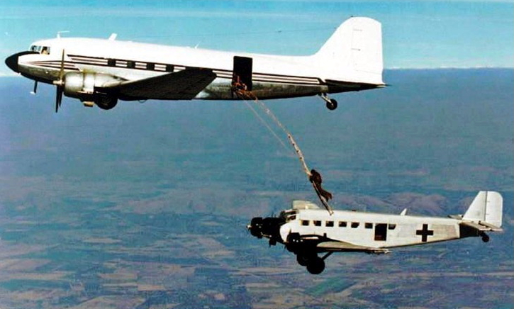 9581 ZS-GPL DC-3 and Junkers Ju 52 ZS-AFA in movie film African Express made in 1989